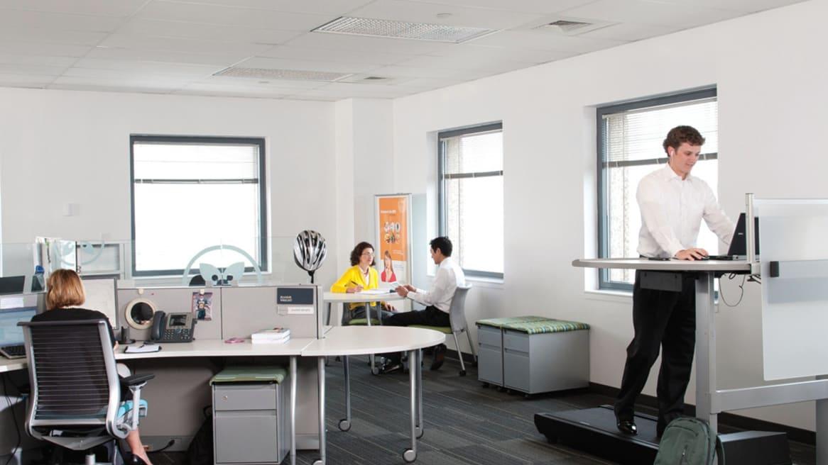 360 magazine 在办公空间里活动